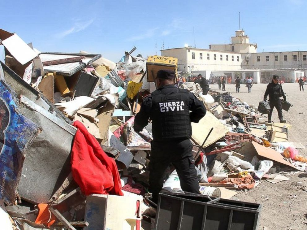 PHOTO: The prisoners prohibited goods were dismantled by authorities.