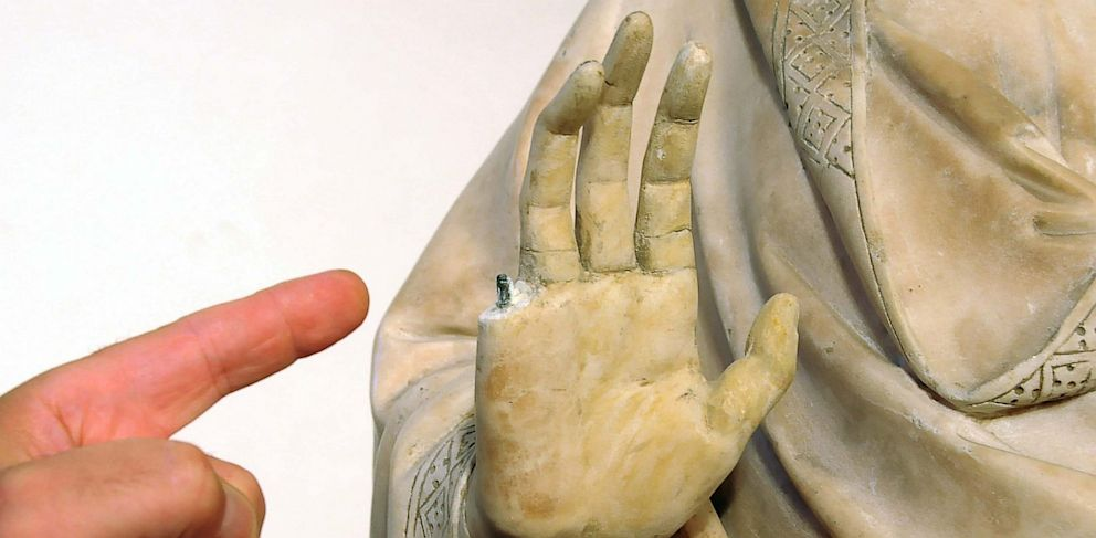 PHOTO: Florences Museo dellOpera del Duomo, broke a finger off a 14th century statue on display.