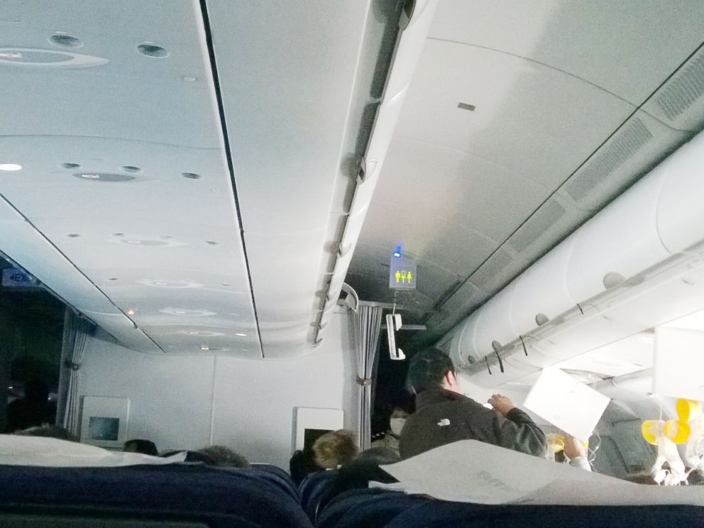PHOTO: Severe turbulence struck a South African Airways plane that was heading to Hong Kong, injuring passengers and crew, July 16, 2014.
