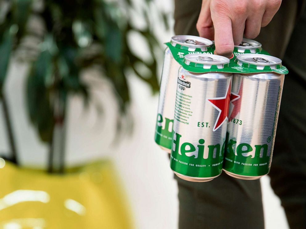 PHOTO: Brewing giant Heineken has become the latest beer firm to replace the plastic 'six-pack rings' with an environmentally friendly alternative in a bid to reduce plastic pollution.