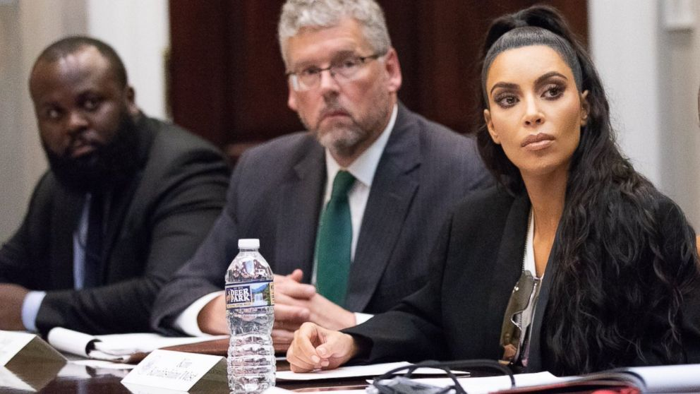 Kim Kardashinan shared photos on Twitter of her second visit to the White House on Wednesday, Sept. 5, 2018, where she attended a listening session headed by Jared Kushner about prison reform.