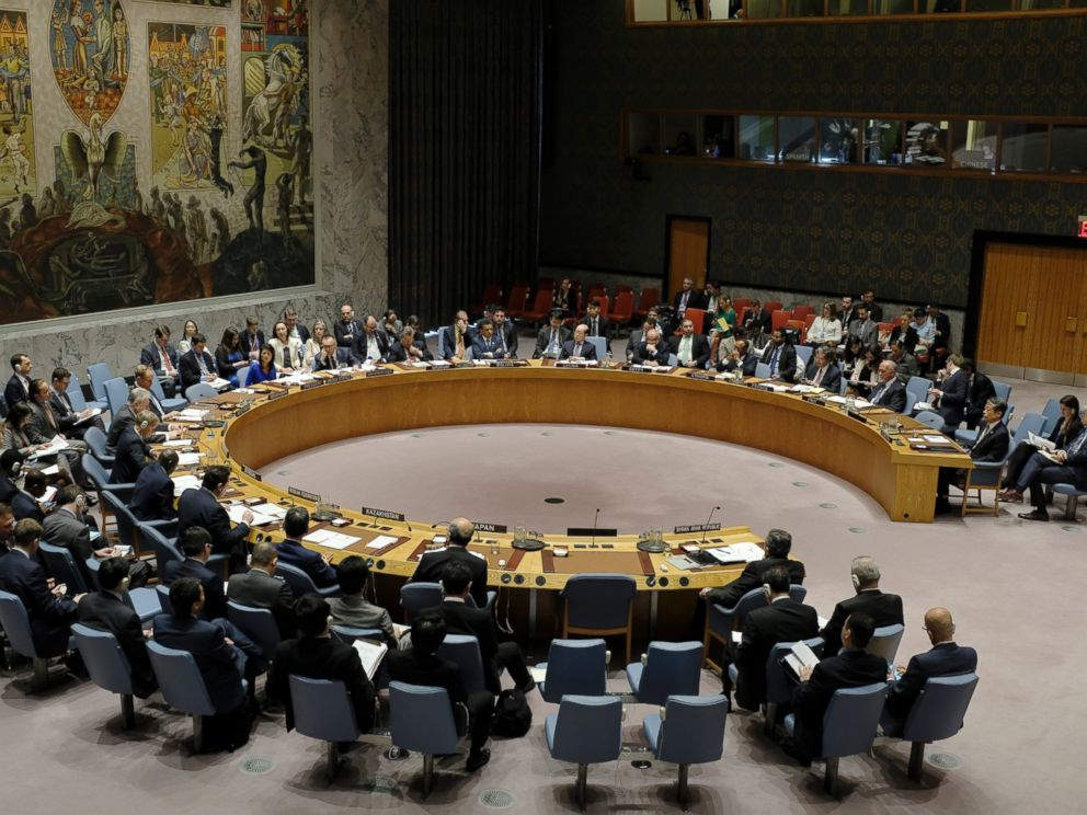 PHOTO: The United Nations Security Council holds an emergency meeting on alleged chemical weapon attack in Syria, at the UN headquarters in New York, April 5, 2017.