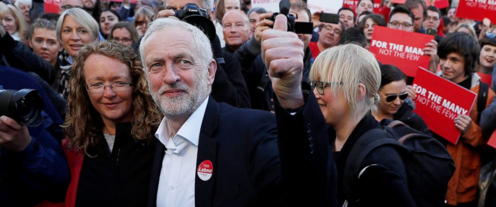 PHOTO: Britains opposition Labour Party leader, Jeremy Corbyn, at a campaign rally in Glasgow, June 7, 2017.