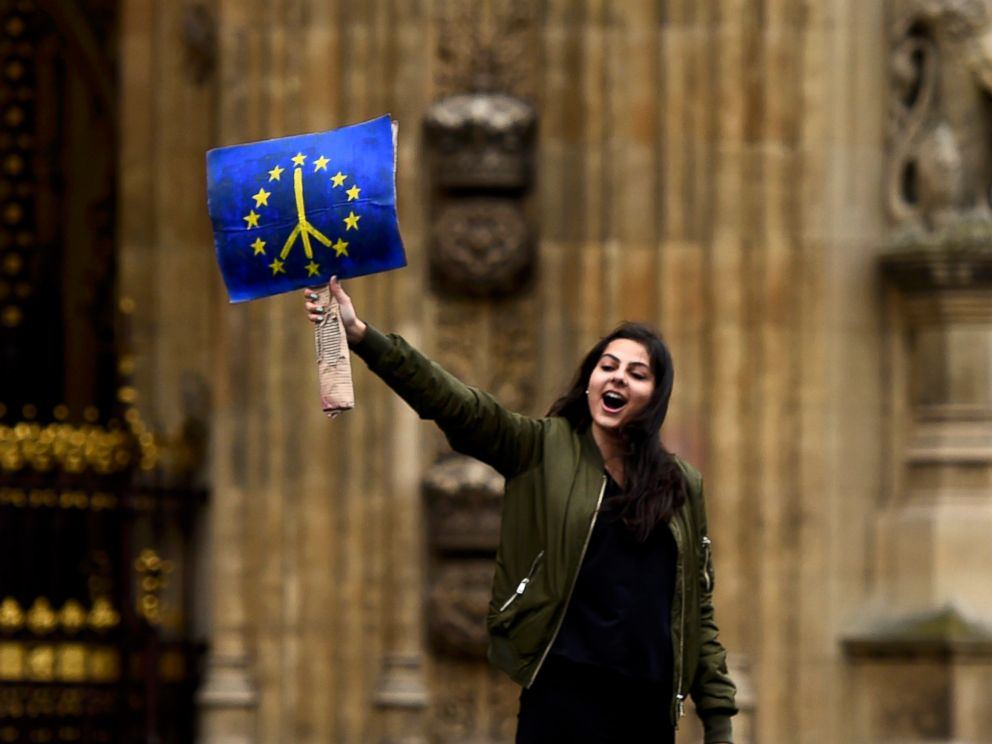 PHOTO: A demonstrator stands outside the Houses of Parliament during a protest aimed at showing Londons solidarity with the European Union in London, June 28, 2016.