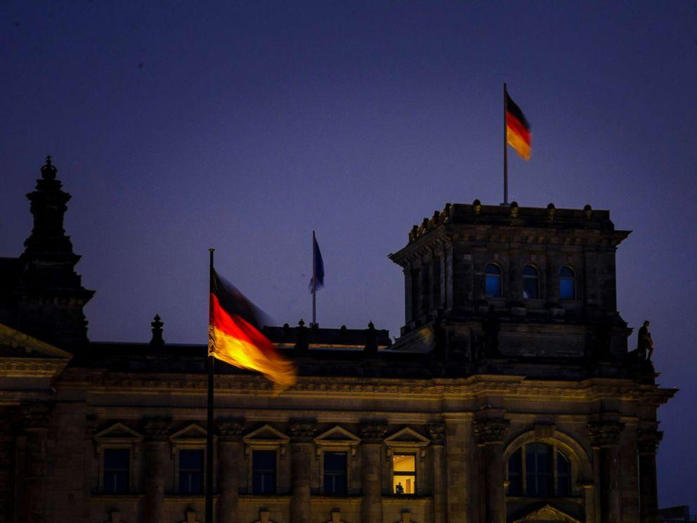 PHOTO: Night shot of the German Bundestag, Jan. 04, 2019 in Berlin, Germany.