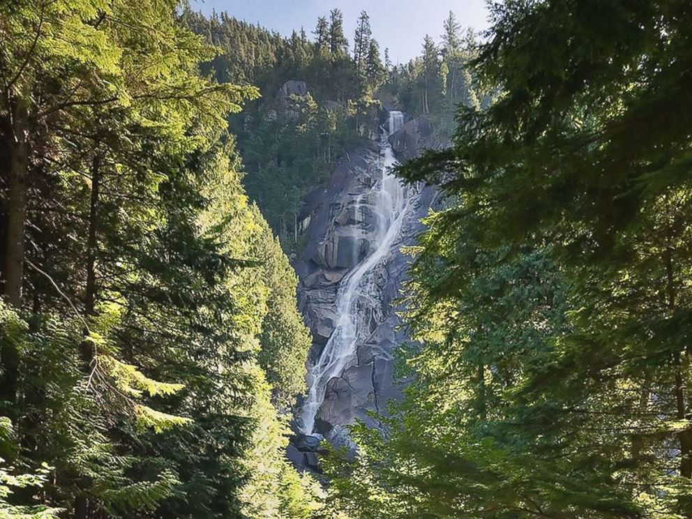 PHOTO: This handout photograph obtained July 6, 2018 shows the 335-meter-high (1,100-foot) Shannon Falls in British Columbia. Three video bloggers suffered fatal injuries after they slipped and fell into a pool 30 meters below.