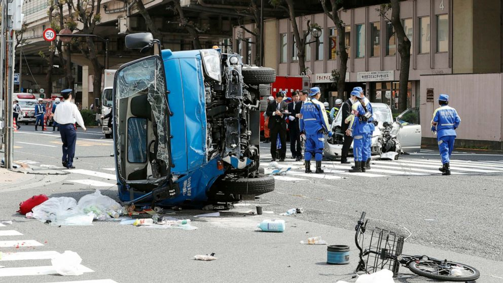 Car smashes into pedestrians in Tokyo, killing 2 on bicycle