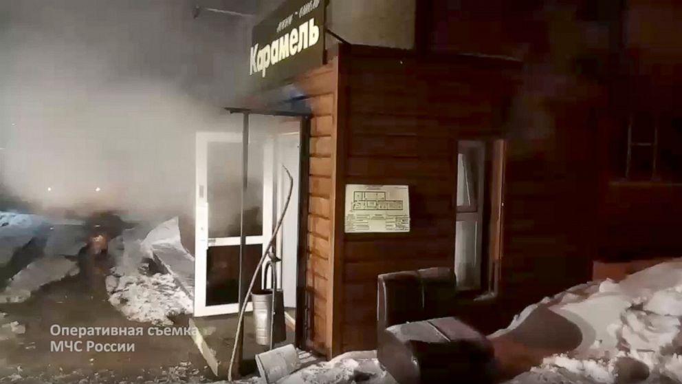 加熱管が破裂ロシアのホテルには、沸騰したお湯を殺5