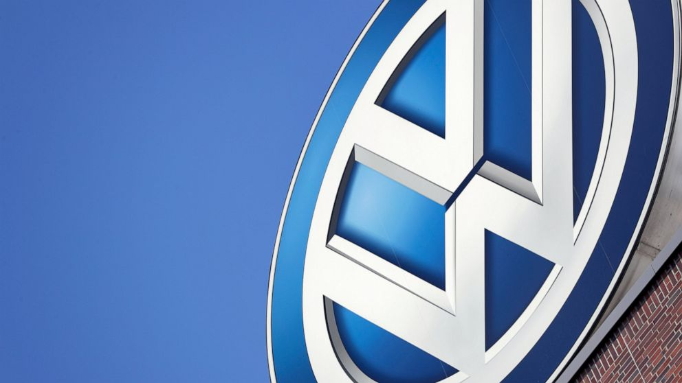 VW pulls car ad after outcry, apologizes for racist overtone thumbnail