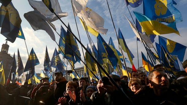 Putin, new Ukrainian leader Zelenskiy meet for first time
