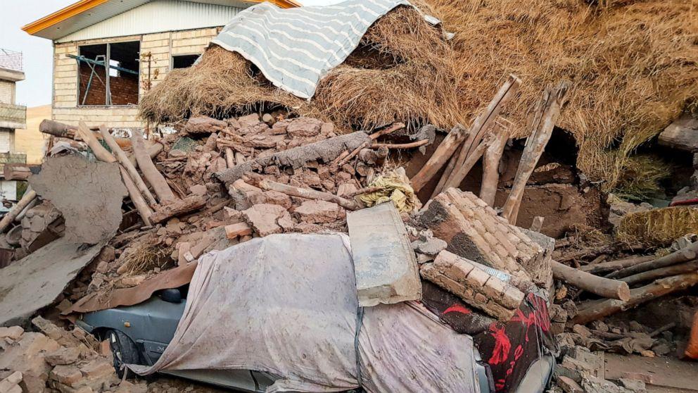 Iran 5.9 gempa berkekuatan membunuh setidaknya 5, melukai 300