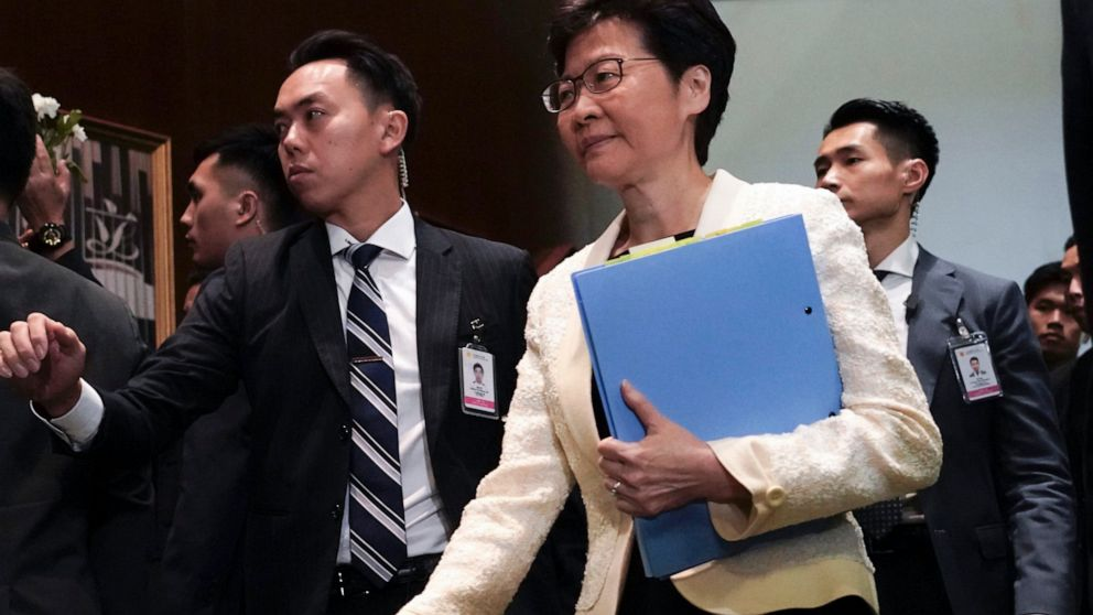 Χονγκ Κονγκ κυβέρνηση να αποσύρει το νομοσχέδιο που πυροδότησε διαμαρτυρίες