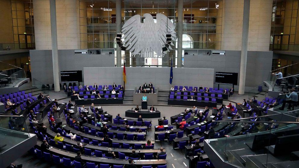 Last dash: German lawmakers pass climate, crime bills