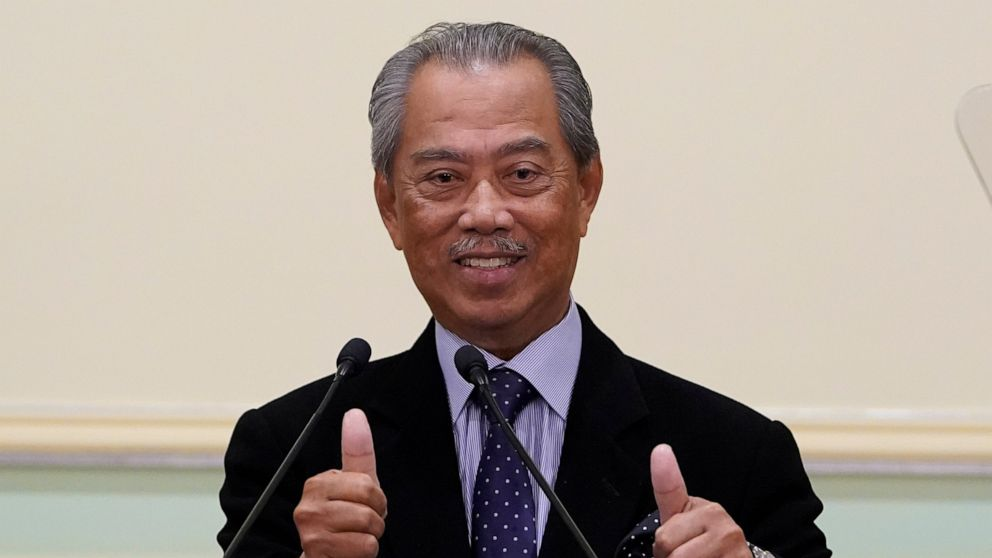 New Malaysian Leader Unveils Revamped Cabinet With No Deputy Abc News