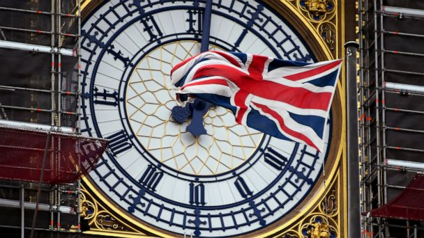 UK leader Boris Johnson sorry for missing Brexit deadline
