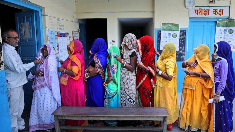 AP PHOTOS: Indians vote in final phase of election