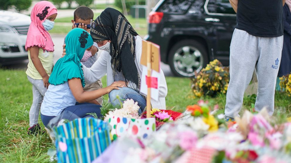 Trudeau Denounces Truck Attack That Killed Four Members of Muslim Family