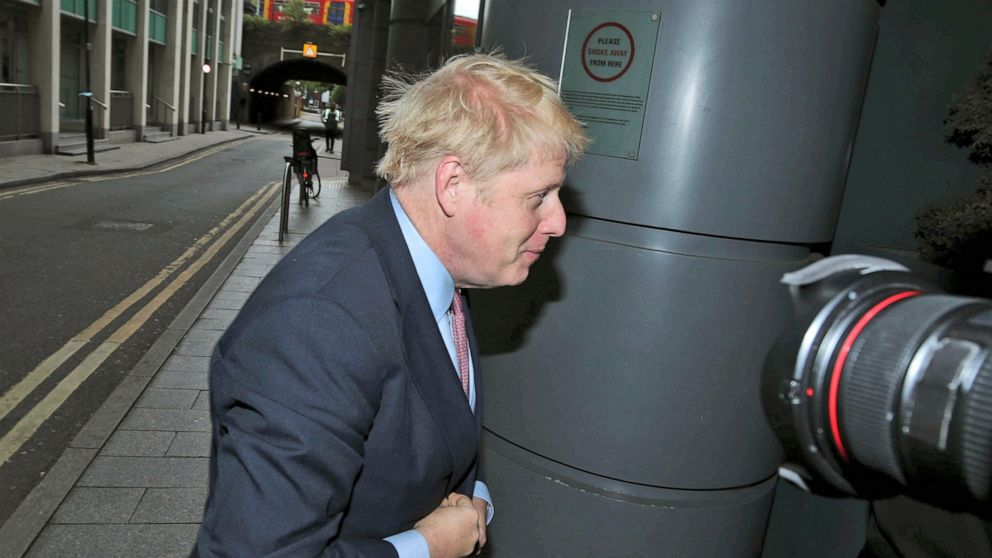 UK Tories warned not to crown Boris Johnson without a fight