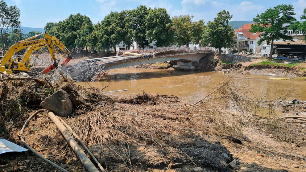 Residents of flood-hit German towns tell of short lead time