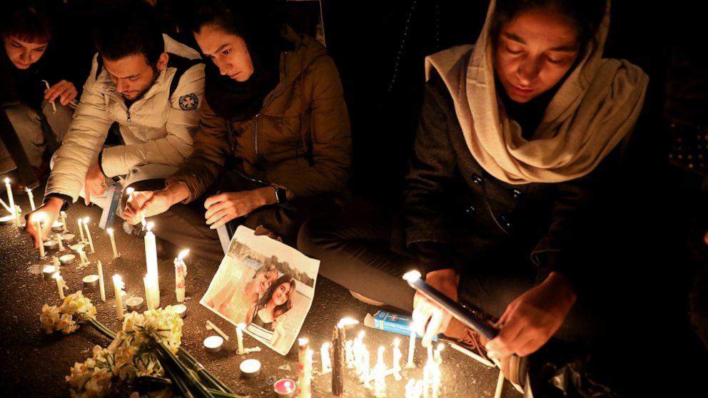 Το ιράν σιδεράκια για διαμαρτυρίες μετά την αποδοχή αεροπλάνο η κατάρριψη