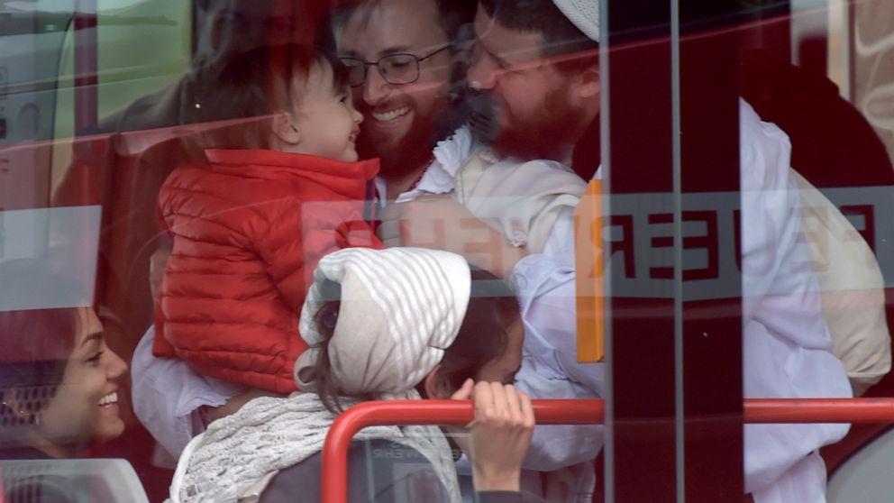 Pertanyaan yang diajukan lebih dari perlindungan polisi untuk jerman synagogue