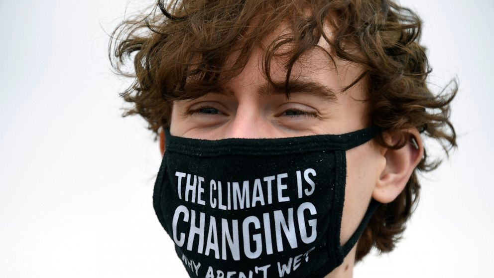 Experts: UK is losing race to adapt to climate change