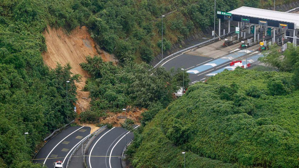 Heavy rain hits scenic central Japan, extra injury in south thumbnail