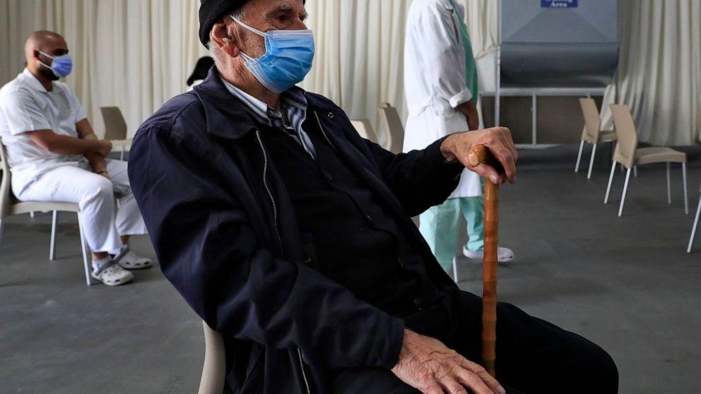 World Bank threatens to suspend vaccine funding to Lebanon