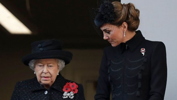 Queen, politicians out in force as UK remembers its war dead