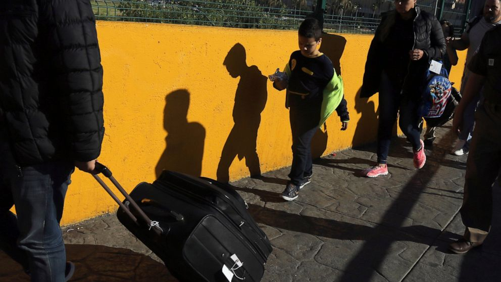 Mexico attends thousands of unaccompanied migrant minors