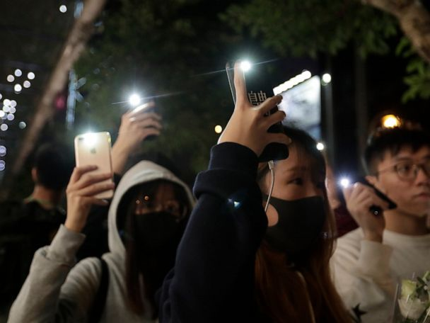 Police fire tear gas at Hong Kong protesters, ending lull