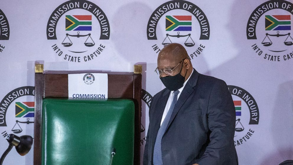 Ex South African Leader Zuma Walks Out On Graft Commission Abc News