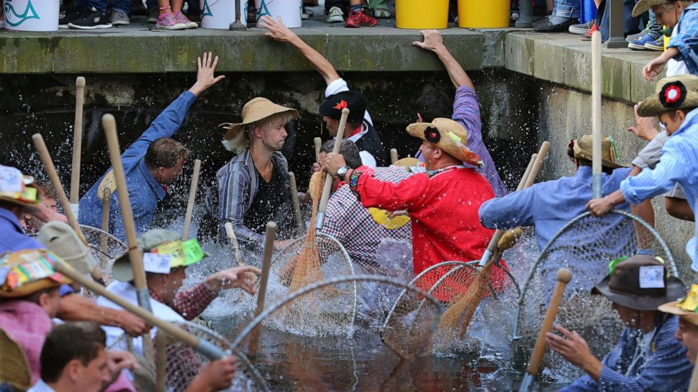 German court rules women must be allowed in fishing ritual