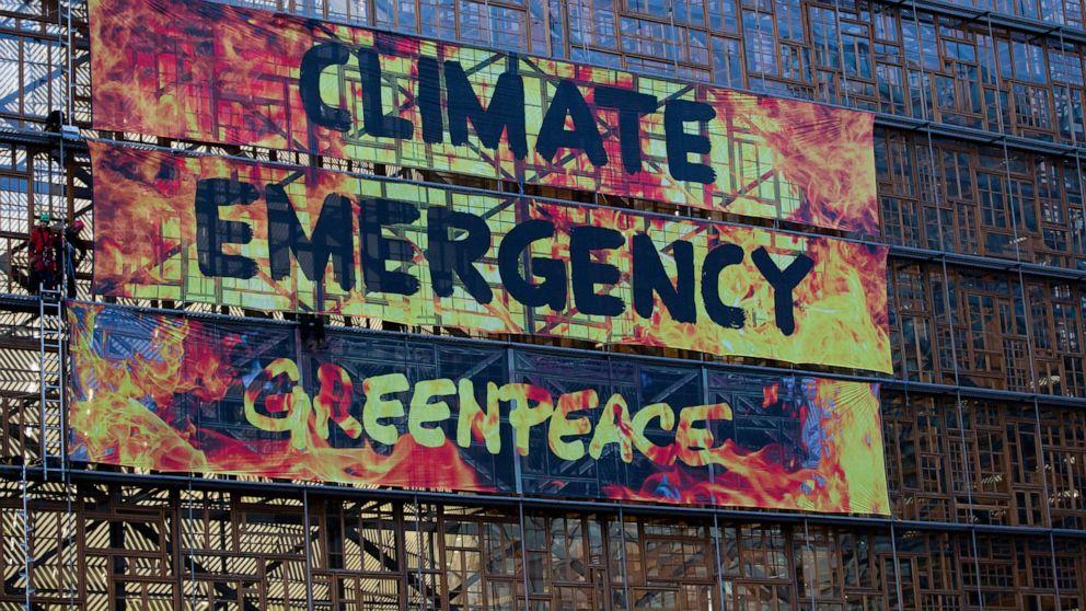 気候活動家lashedをEUのビルのリーダーとしての収集
