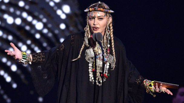 Eurovision scolds Madonna for Palestinian flag display