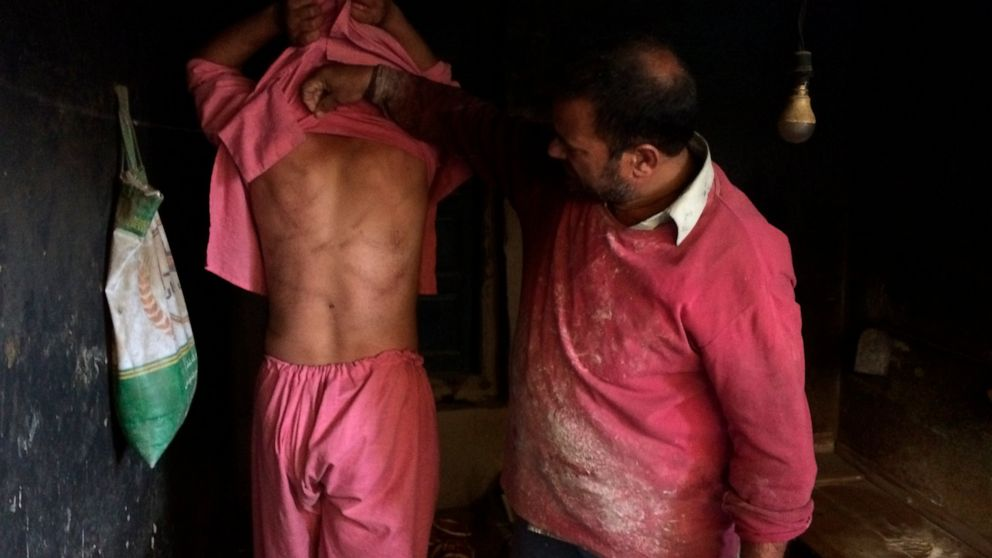 Kashmiris恐夜のテロによるインド部隊の弾圧