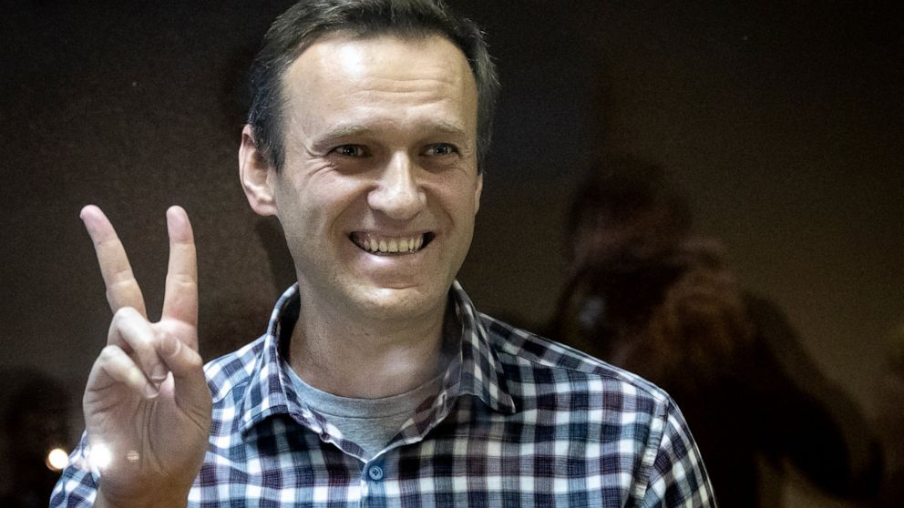 EU slaps sanctions on 4 Russia officials over Navalny arrest