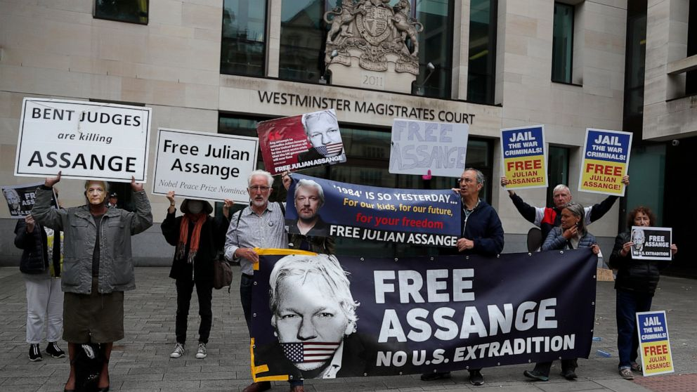 UK choose warns Assange on US extradition listening to attendance thumbnail