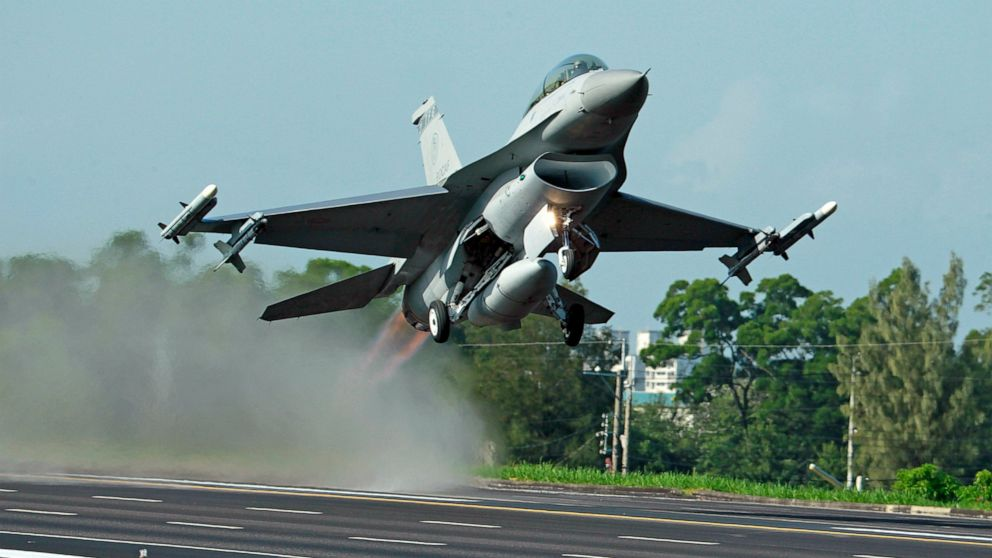 China 'will not sit idly by' over US arms sale to Taiwan thumbnail