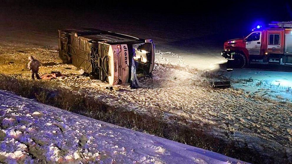 Bus crash in western Russia kills 4, leaves 11 injured