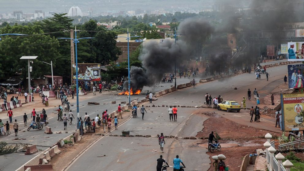 Mali protests in 2nd day despite president's call for talks