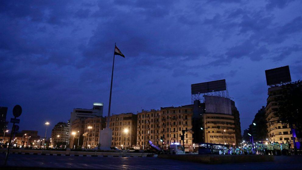 エジプトのセキュリティclampdown主thwarts新鮮な抗議行動