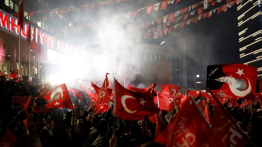 erdogan-sees-win-in-local-poll-but-loses-turkish-capital