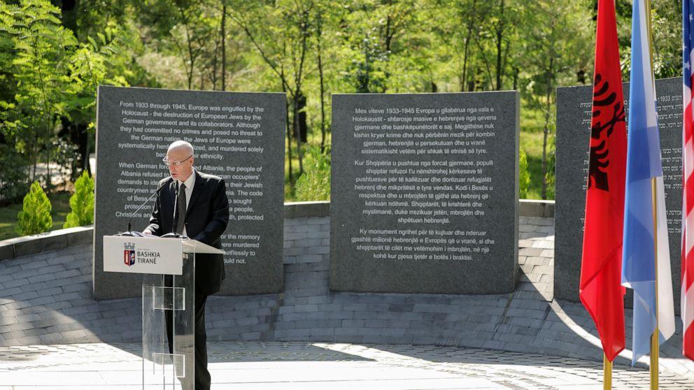 Albania Holocaust memorial honors locals who protected Jews thumbnail