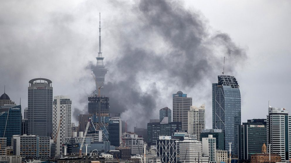 Fire Burning For 2nd Day Disrupts Center Of New Zealand City Abc News