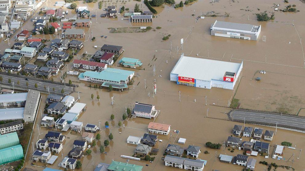 Die Neuesten: Taifun hinterlässt 7 tote, 15 vermisste in Japan