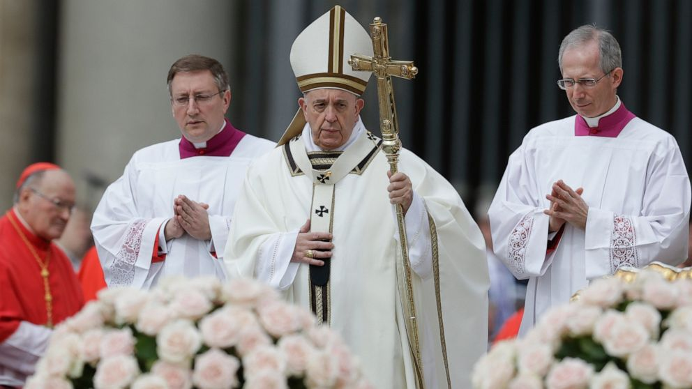 Pope Francis celebrates Easter Mass in St. Peter's Square at the Vatican, Sunday, April 21, 2019. (AP Photo/Andrew Medichini)