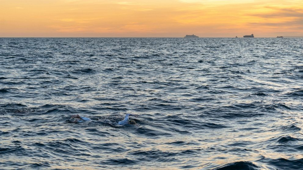 American cancer survivor swims England Channel 4 times thumbnail