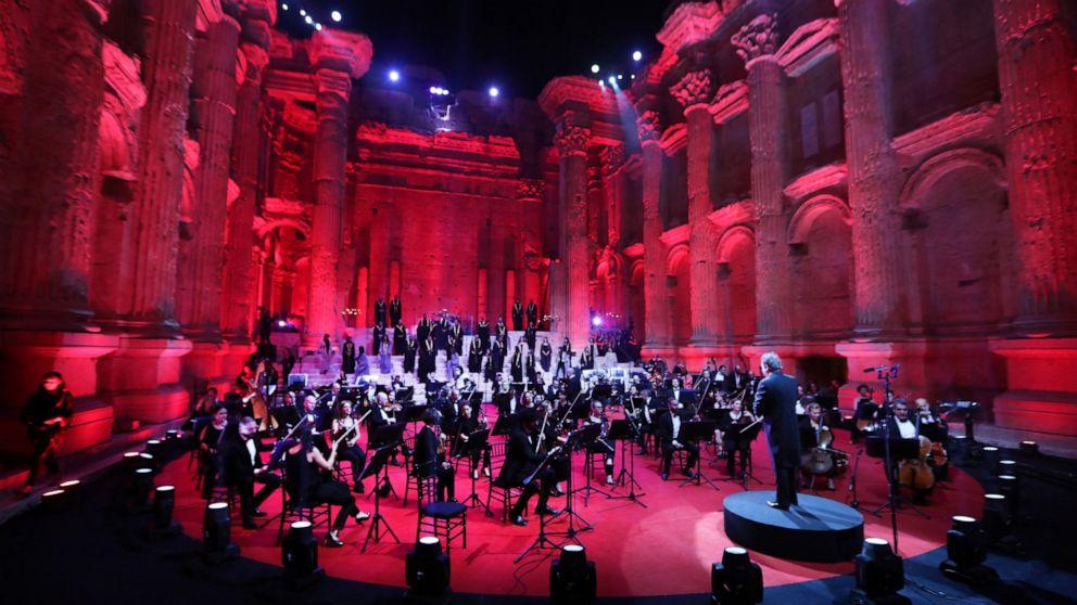 Lebanon holds Baalbek live performance regardless of virus, financial disaster thumbnail