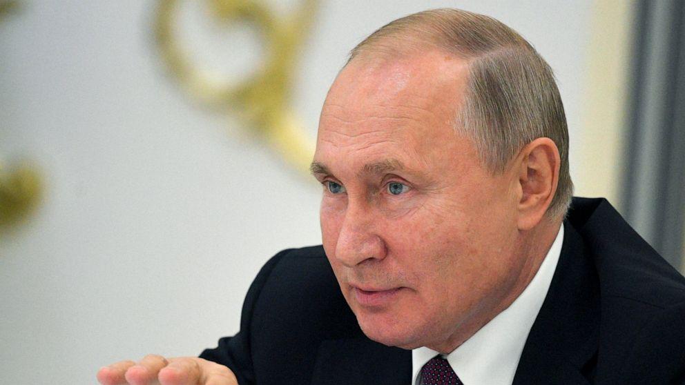 Kremlin relishes US pullback from Syria, turmoil in Ukraine